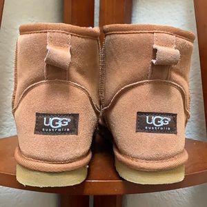 UGG Australia Classic Mini II boots